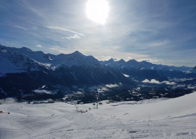 Snowy Mountains in der Sonne