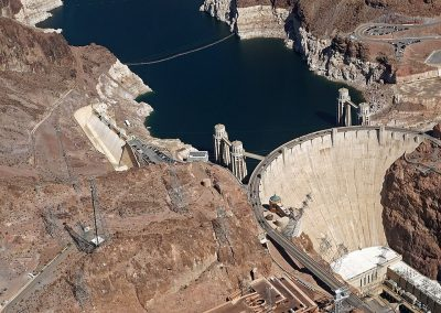 960px-2017_Aerial_view_Hoover_Dam_4774