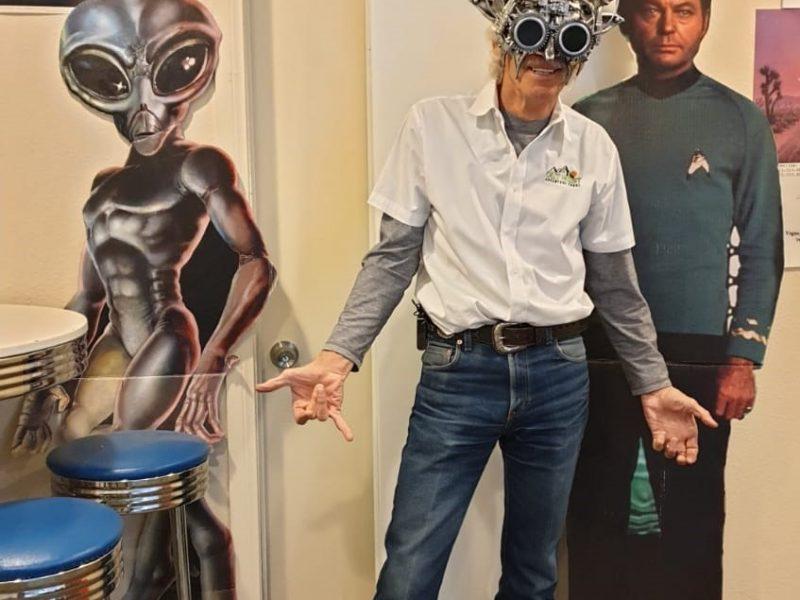 Alien Ek