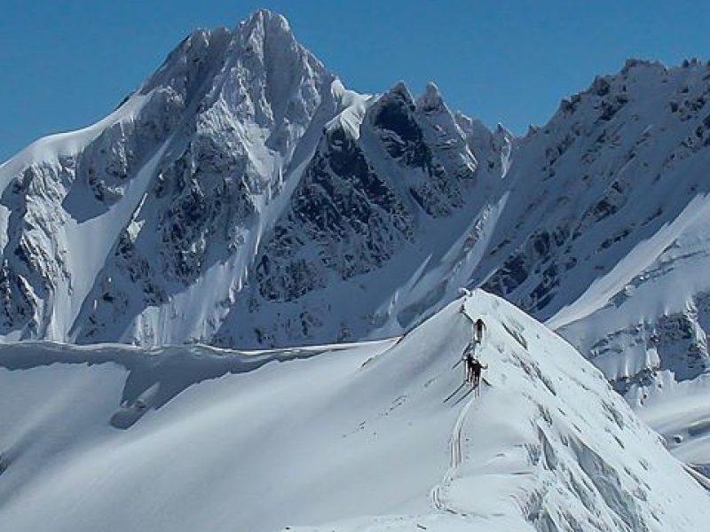 El Foyel Heli skiing.2html
